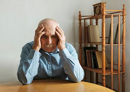 هر آنچه که باید درباره بیماری آلزایمر بدانید